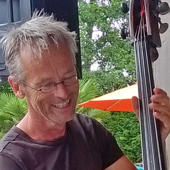 Peter den Besten - Contrabas / 2e stem